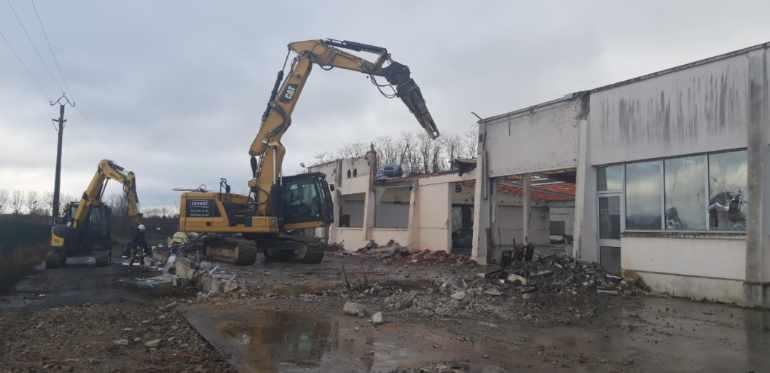 demolition8